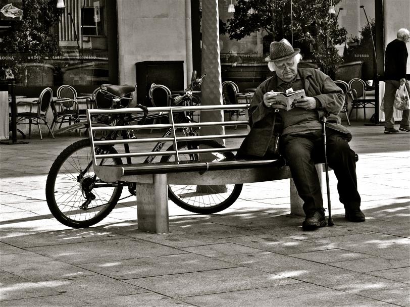 'One Bike One Bench One Book'